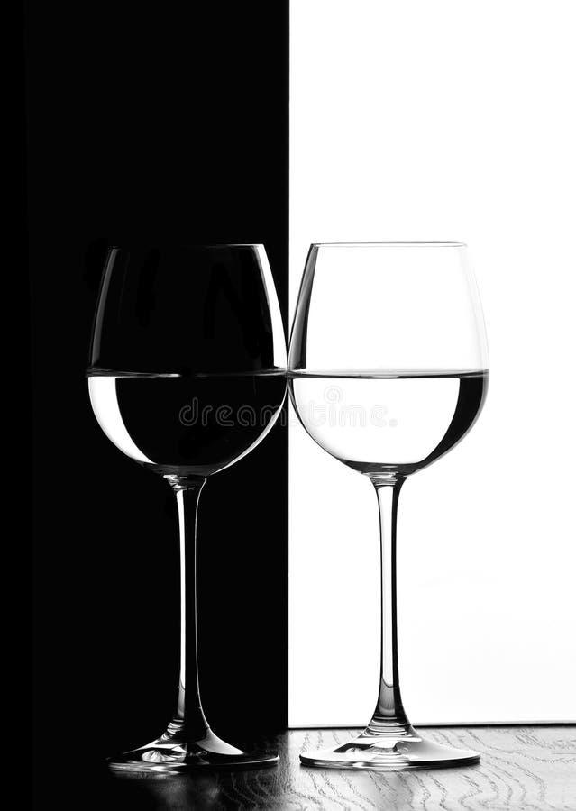 Deux glaces de vin photo stock
