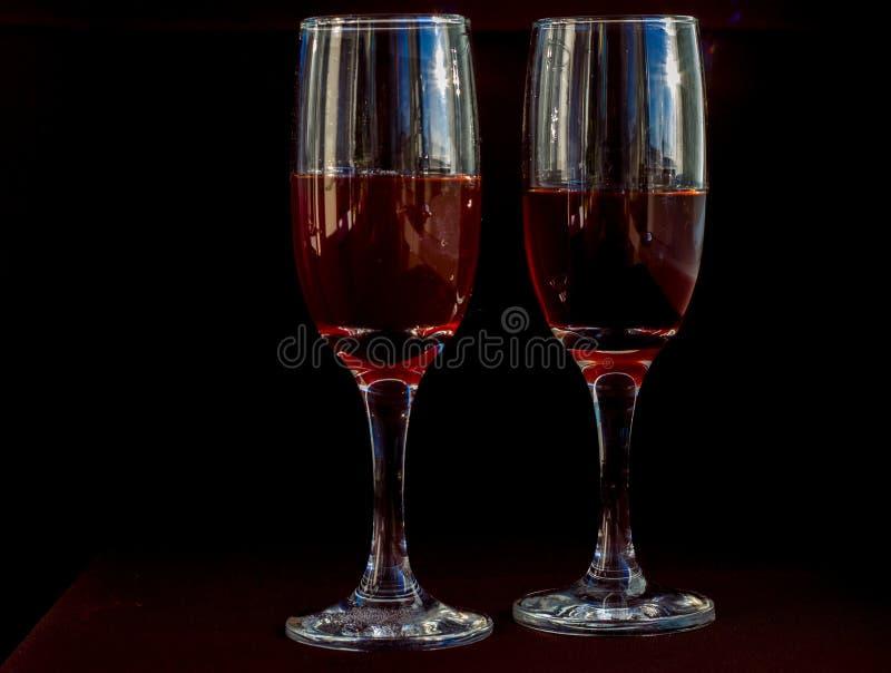 Deux glaces de vin rouge photos libres de droits