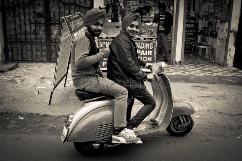 Deux habitants d'Amritsar, Pendjab, Inde images libres de droits
