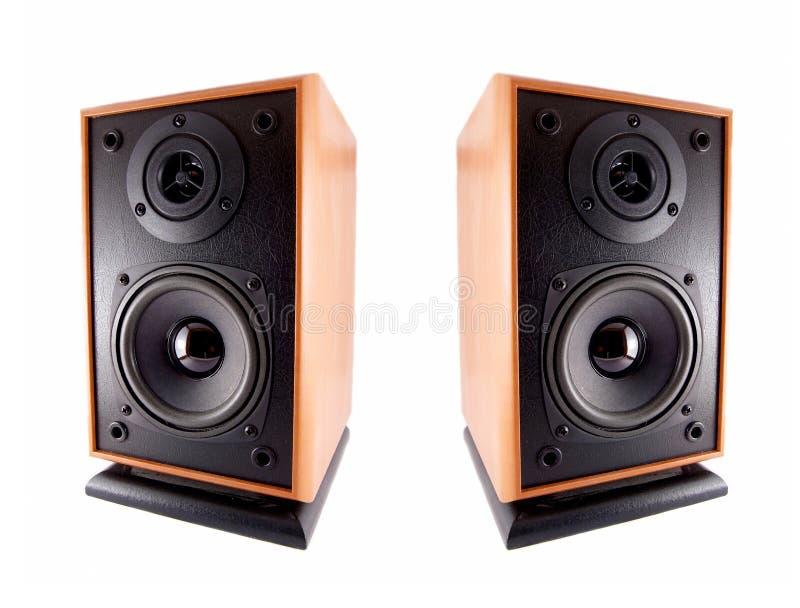 Deux haut-parleurs forts en bois photo stock