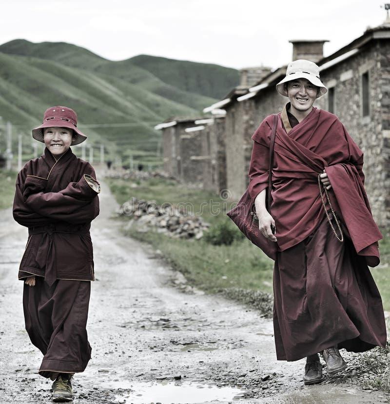 Deux moines de sourire image libre de droits