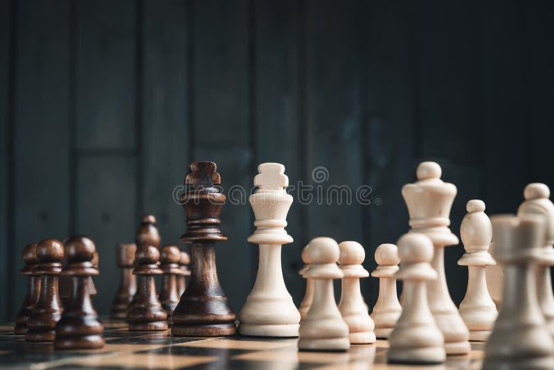 Deux rois d'échecs photographie stock