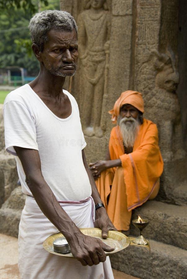 Deux Sadhu (hommes saints) - Mamallapuram - l'Inde image libre de droits