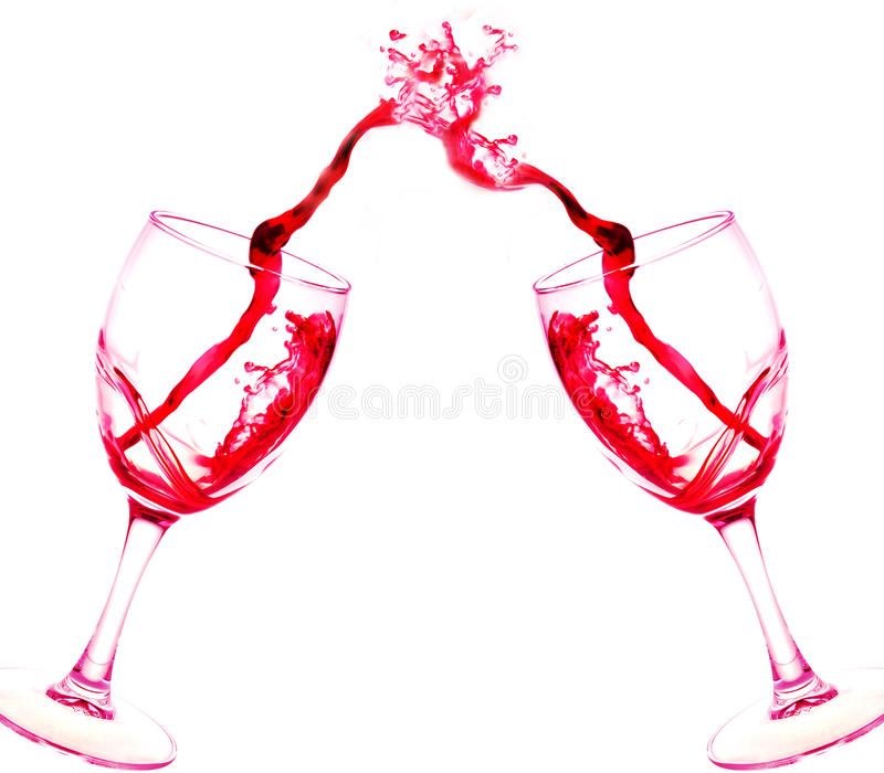 Deux verres d'éclaboussure d'abrégé sur vin rouge d'isolement sur le blanc photographie stock libre de droits