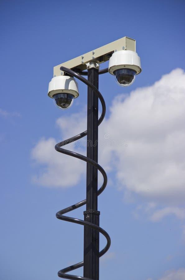 Deux vidéos surveillance de dôme images stock