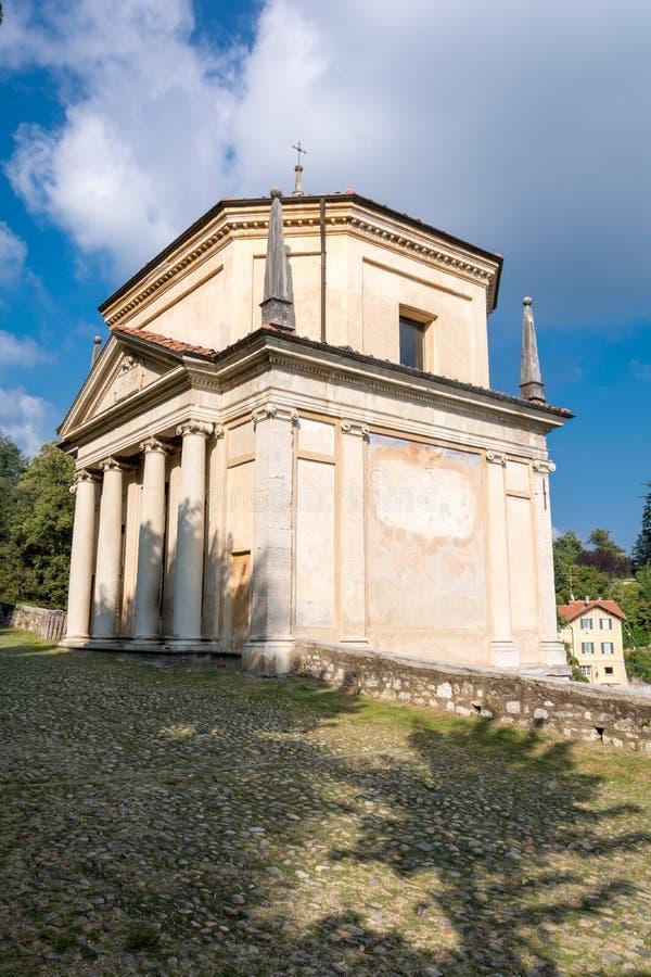 Deuxième chapelle chez Sacro Monte di Varese l'Italie photos stock