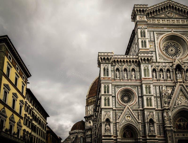 Devant le Duomo photos stock