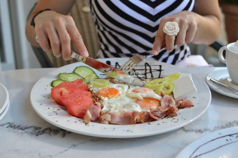 Devant Rich Breakfast image libre de droits