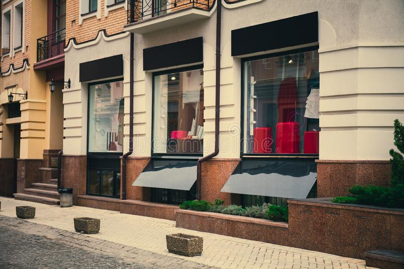 Devanture de magasin de mode, maquette moderne d'enseigne de magasin photographie stock libre de droits