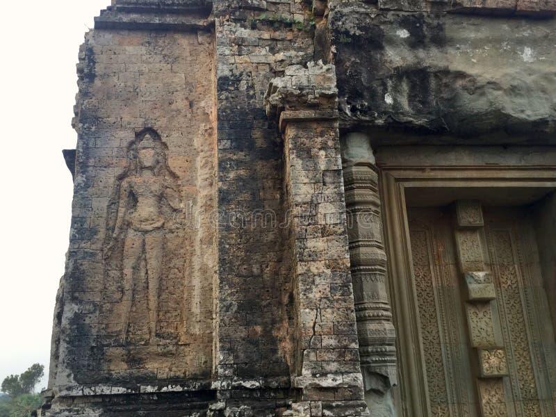 Devata Bas Relief Pre templo hindu de Rup, Camboja fotos de stock
