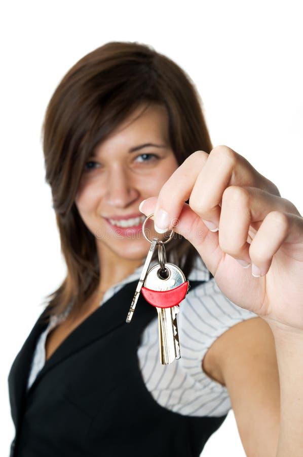 developer gives home keys new smiling to στοκ φωτογραφίες με δικαίωμα ελεύθερης χρήσης