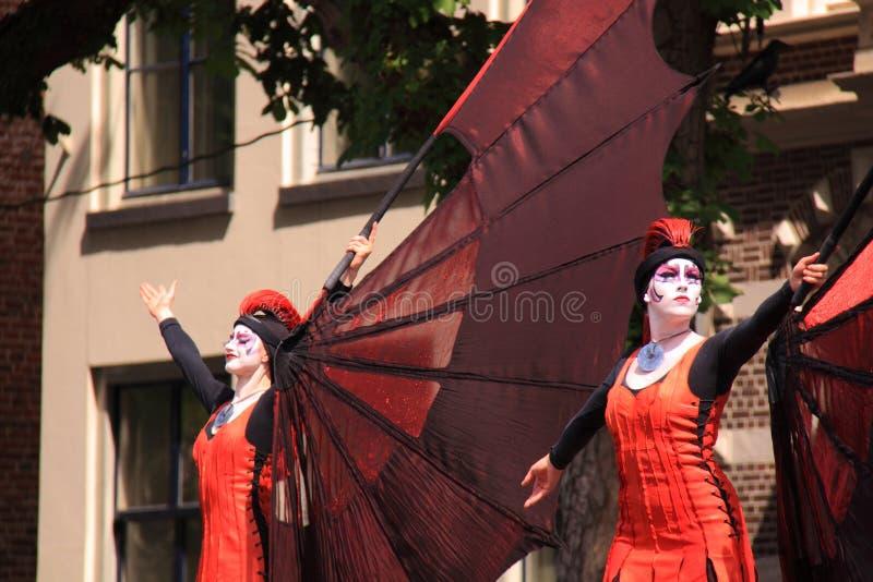 Deventer holandês da cidade dos dançarinos da rua fotografia de stock royalty free