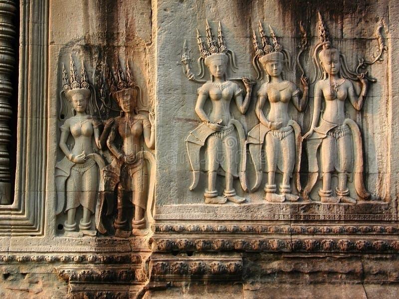Devi dancers