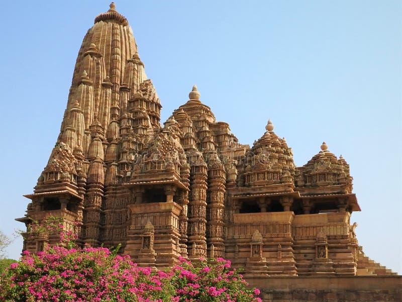 Devi Jagdamba Temple, Zonsondergang bij Westelijke Groep Tempels, Khajuraho, Madhya Pradesh, India het is een Unesco-plaats van d royalty-vrije stock fotografie