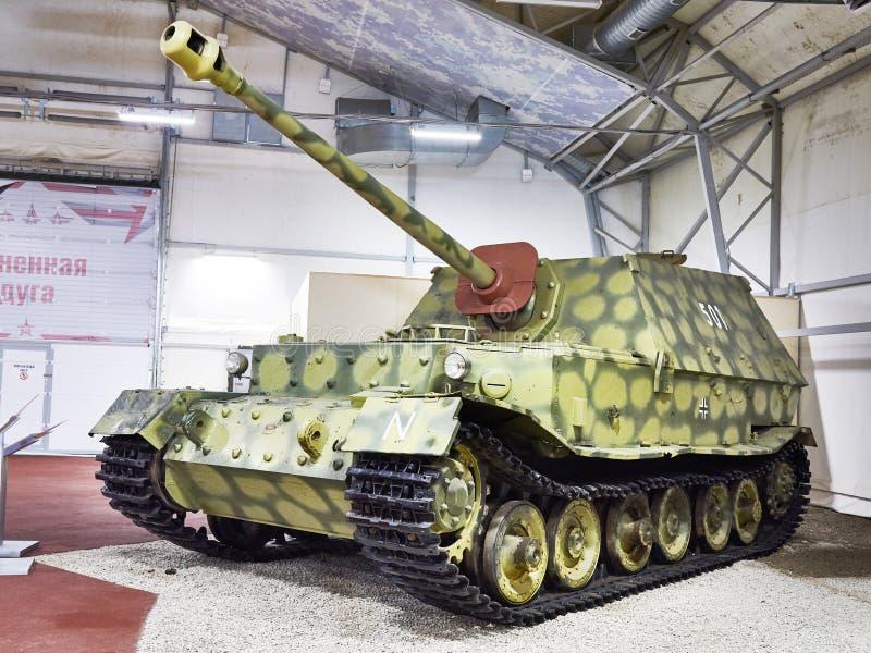 Deviazione standard pesante tedesca Kfz184 Ferdinand Elefant del distruttore di carro armato immagini stock libere da diritti