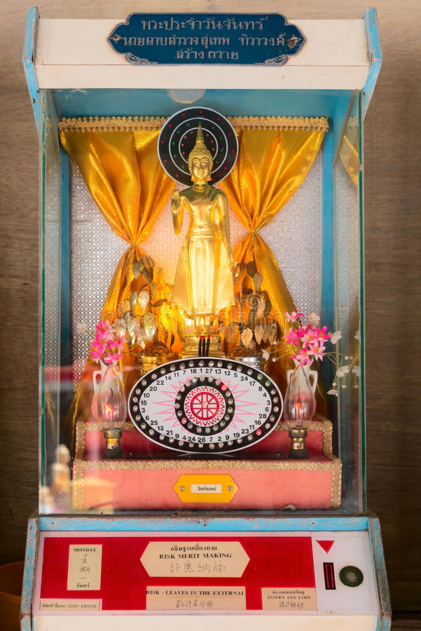 Download Device With Buddha Statue For Fortune-telling Editorial Image - Image: 98764370