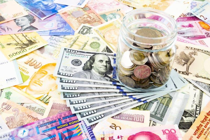 Devise de billets de banque et du monde du dollar photos libres de droits