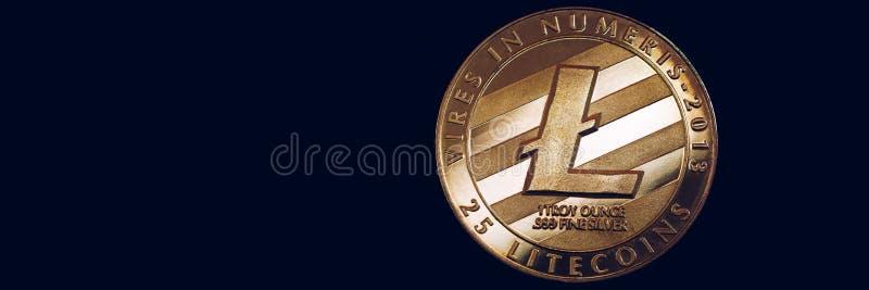 Devise de cryptocurrency de Litecoin crypto Pièce de monnaie argentée de Litecoin avec le symbole de Litecoin d'or Cryptocurrency image libre de droits