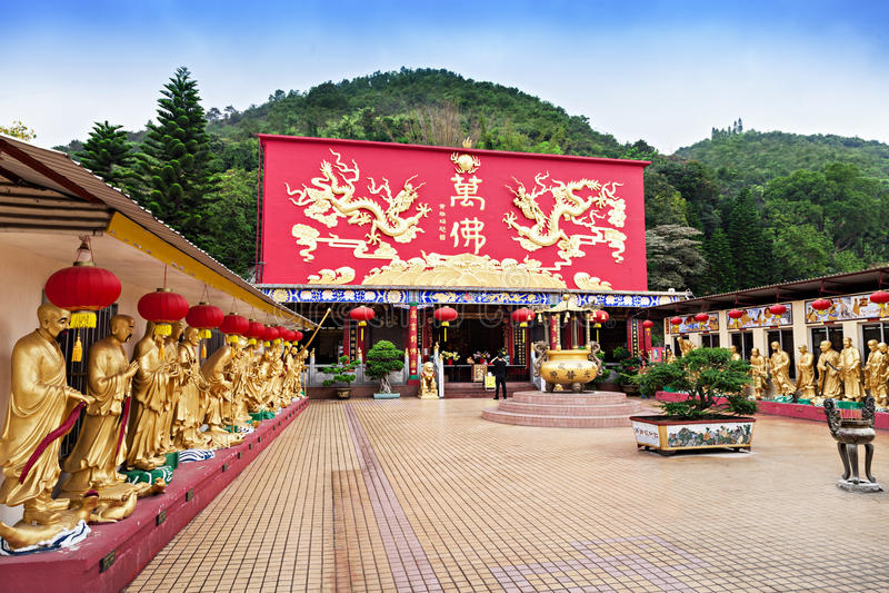 Dez mil monastérios das Budas foto de stock royalty free