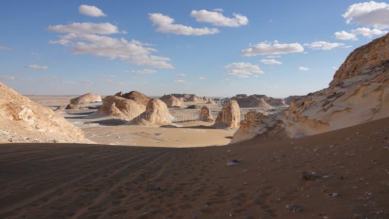 Deze plaats wordt genoemd de 'Poort aan de Witte Woestijn ' stock fotografie