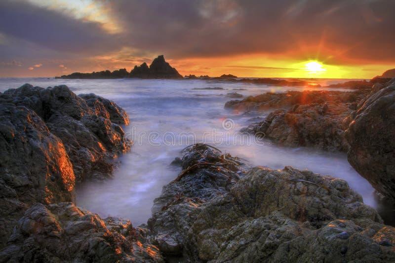 Dezember-Sonnenuntergang lizenzfreie stockbilder