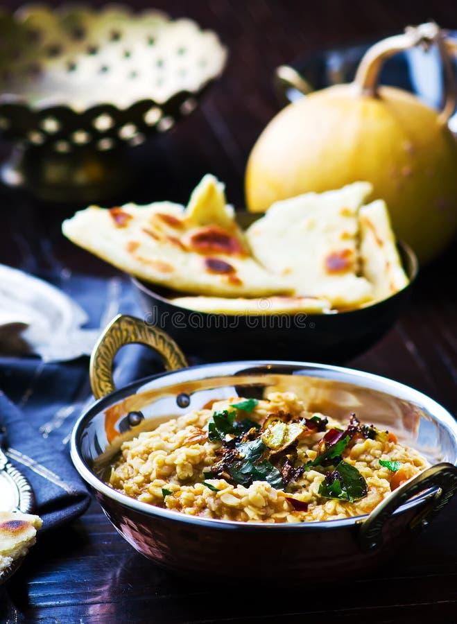 Dhal con la calabaza Cocina india foto de archivo