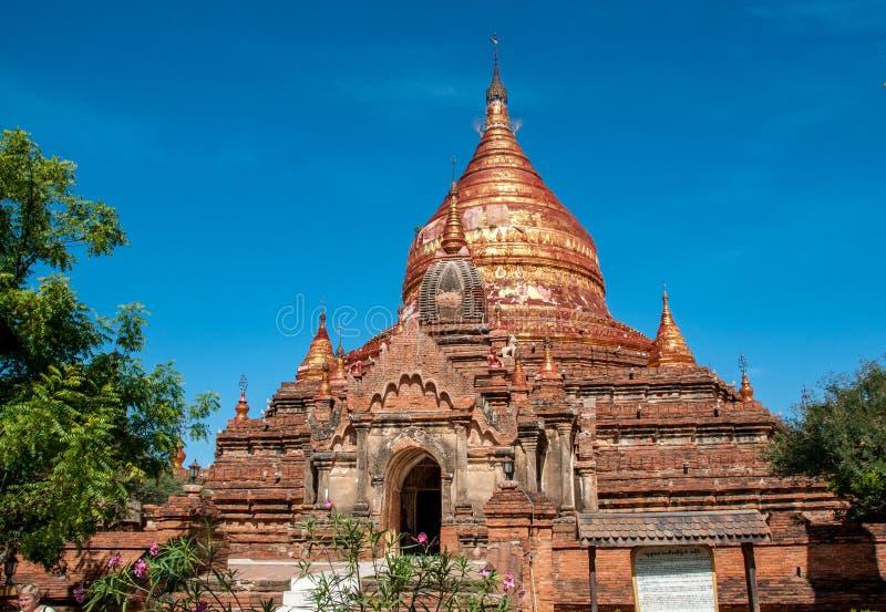 Dhammayazika pagod i Bagan arkivfoton
