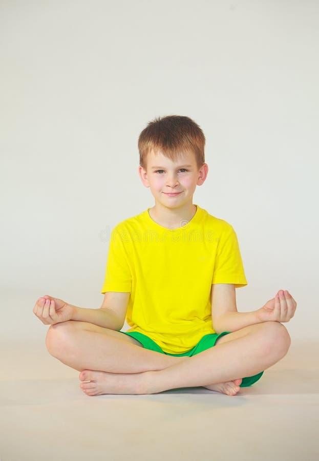 Dhanurasana-Yoga stockfotografie