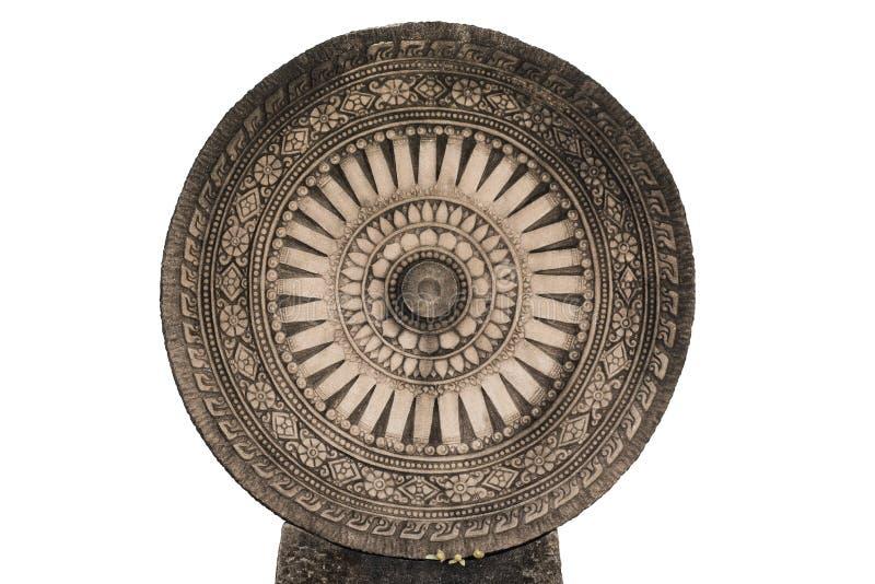 Dharmachakra Roda de Dhamma no isolada imagens de stock royalty free