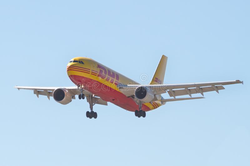DHL ładunku samolot zdjęcie royalty free