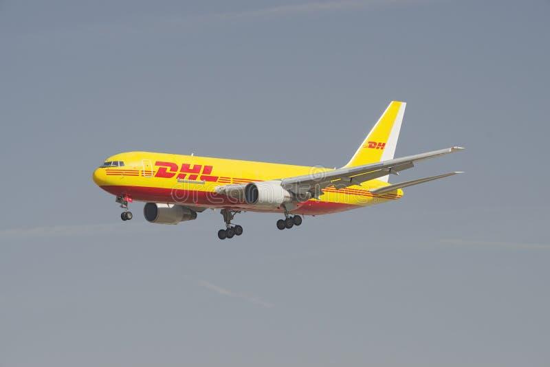 DHL Boeing 767 immagini stock