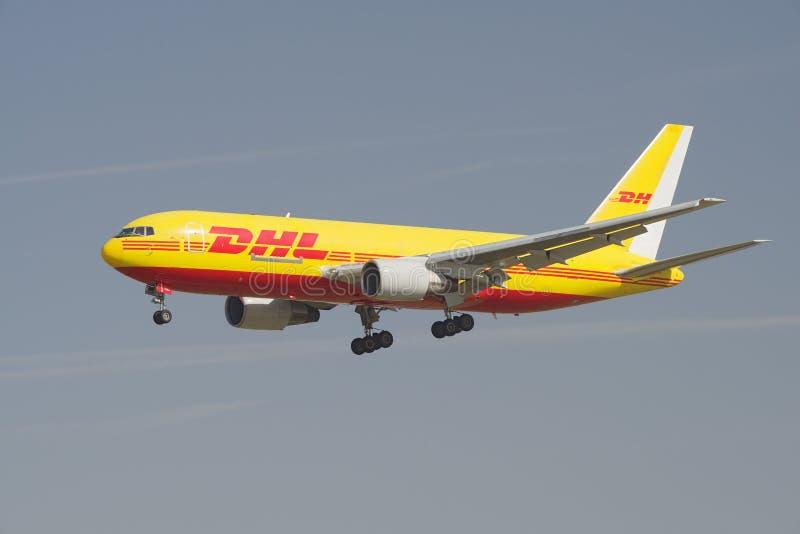 DHL Boeing 767 immagini stock libere da diritti
