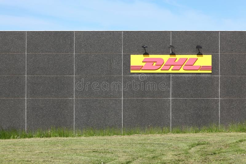 DHL-Logistikdepot stockfotos
