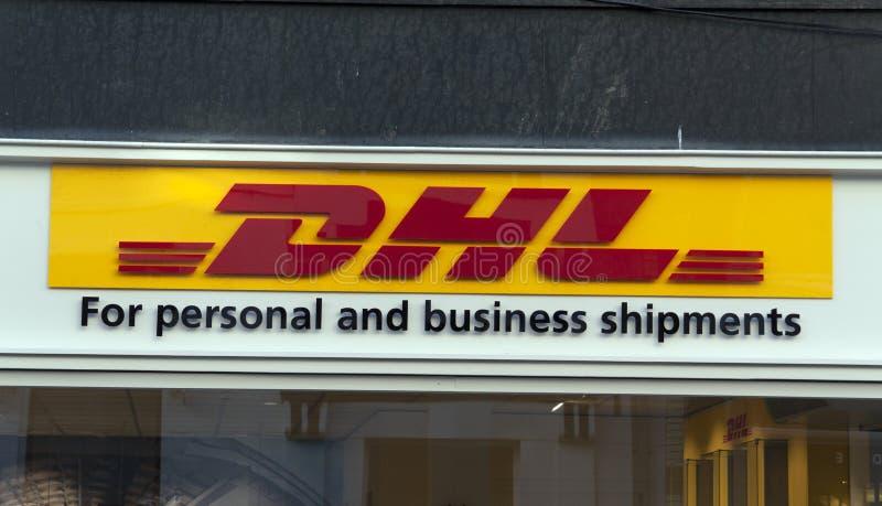 DHL para expedições pessoais e do negócio fotos de stock royalty free