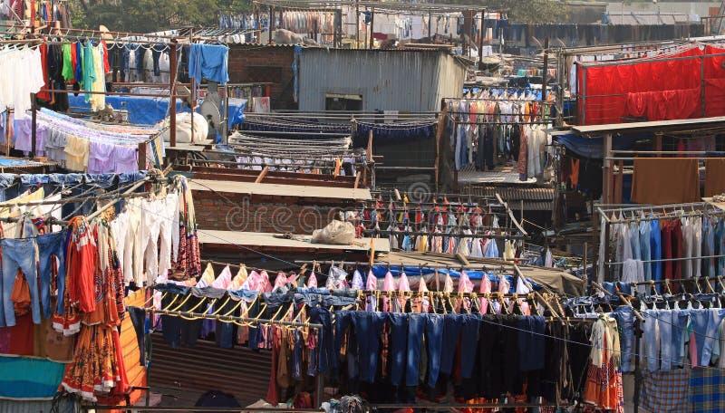 Dhobi Ghat - fileiras do lavagem fotos de stock