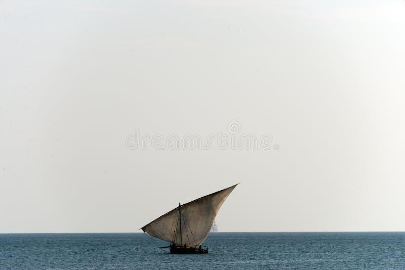 Dhow żeglowania łódź zdjęcia stock