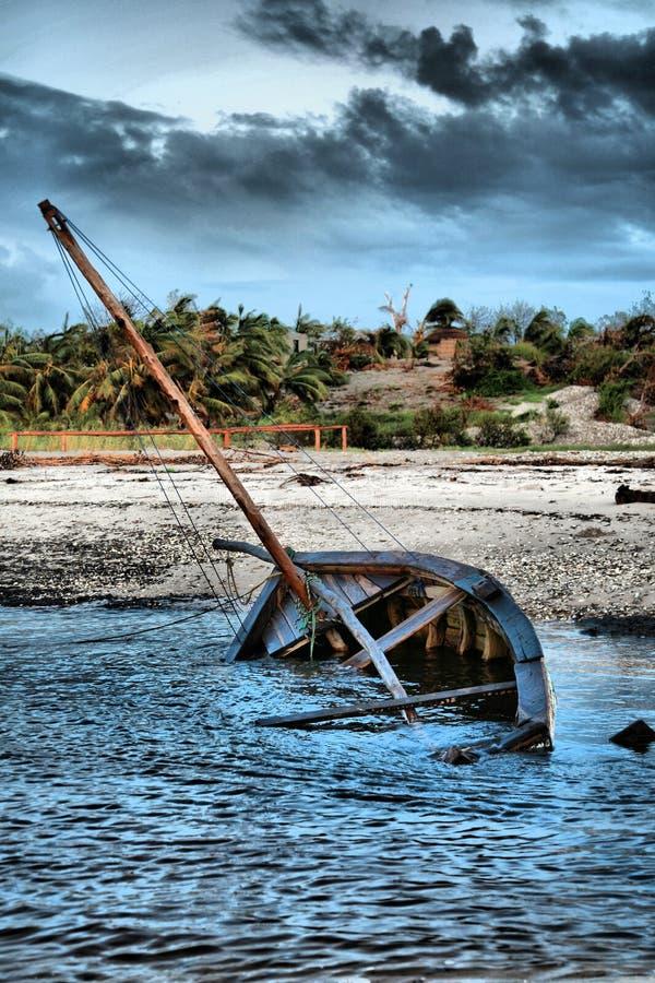 Dhow-Segelnboot stockbild