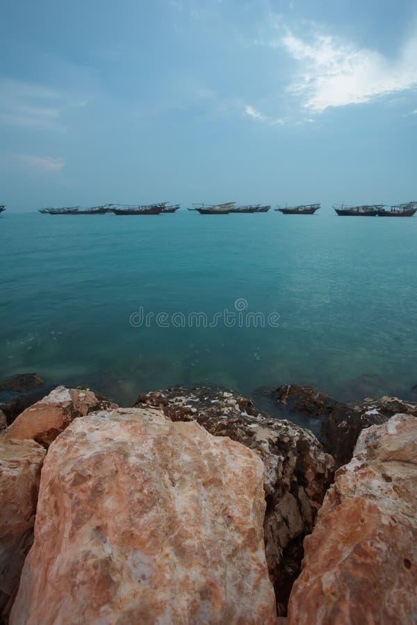Dhows ad alba fotografie stock libere da diritti