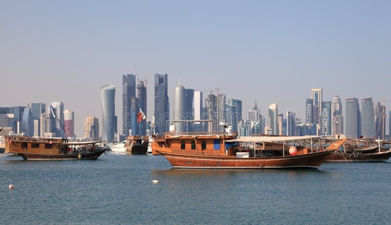 Dhows em Doha, Qatar fotografia de stock royalty free