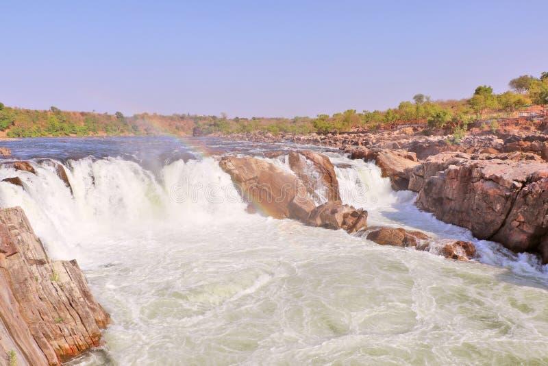 Dhuandhar vattenfall på den Narmada floden i Jabalpur royaltyfria foton