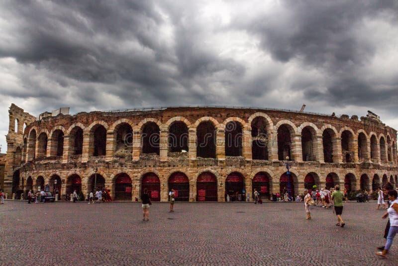 Di Βερόνα, στηθόδεσμος πλατειών, Βερόνα, Ιταλία χώρων στοκ εικόνες