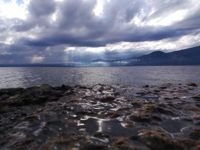 di garda lago arkivbild