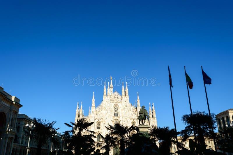 Di Milano - Milan Dome del Duomo Catedral antigua en Italia septentrional imagen de archivo