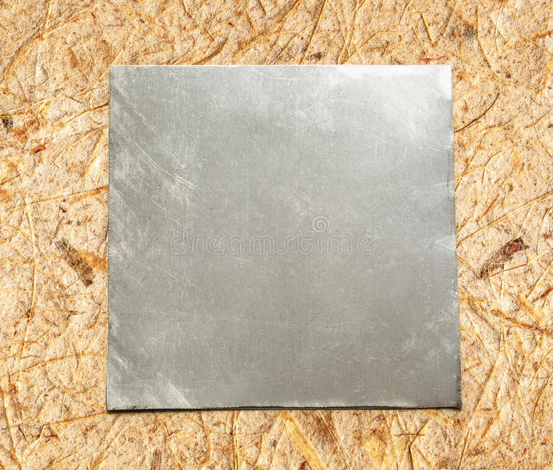 Di piastra metallica quadrato in bianco immagine stock libera da diritti
