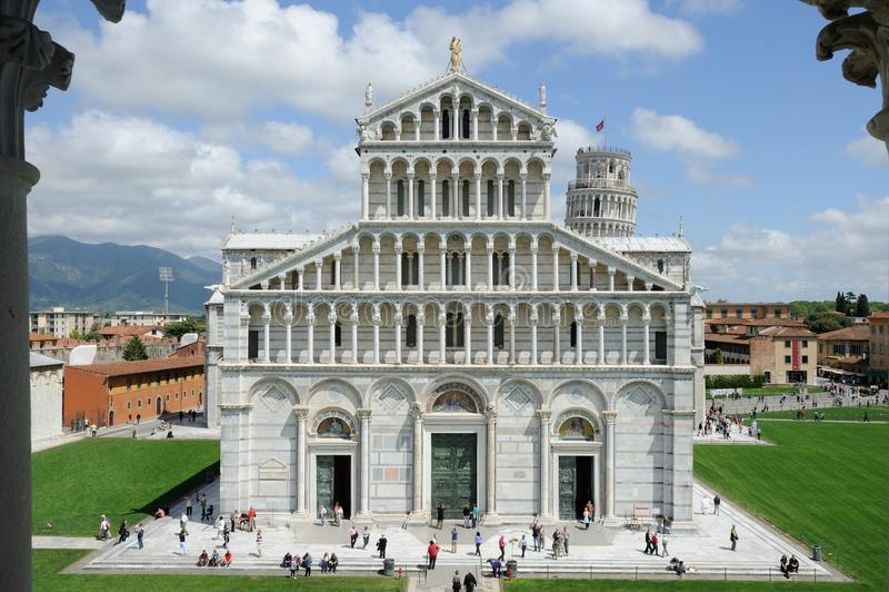 Di Pisa van Duomo royalty-vrije stock afbeelding