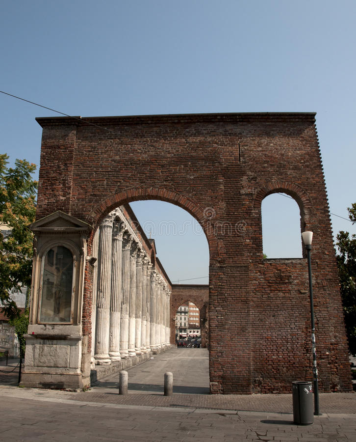 Di San Lorenzo - Milão de Colonne (colunas) fotografia de stock royalty free