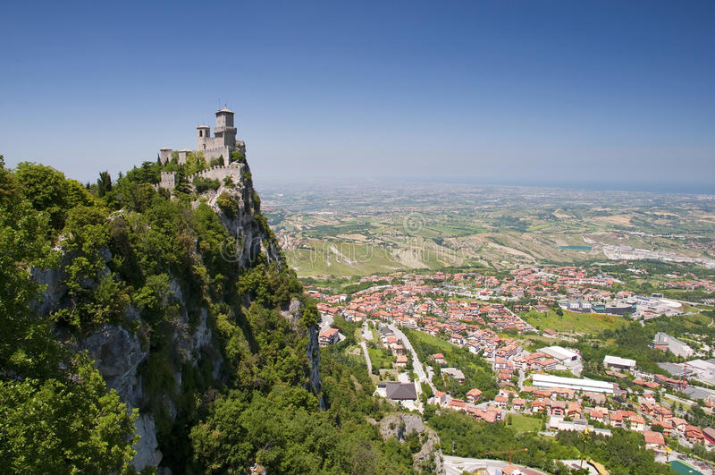 Di San Marino - prima torretta Guaita Hori di Repubblica fotografie stock