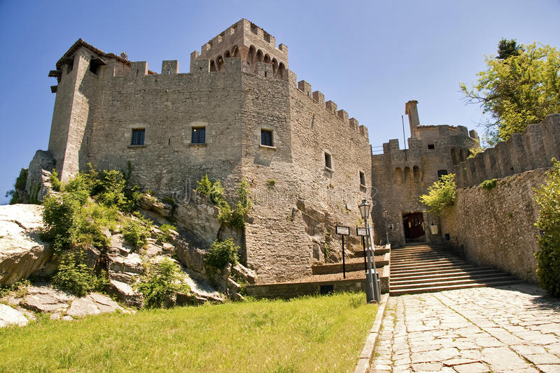 Di San Marino - seconda torretta Rocca Cest di Repubblica fotografia stock libera da diritti