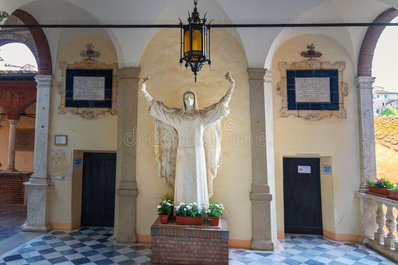 Di Santa Caterina, chiesa della casa di Santuario del san Catherine Siena L'Italia fotografie stock libere da diritti