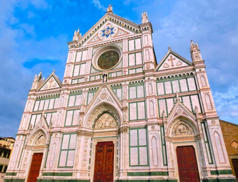 Di Santa Croce базилики - известная францисканская церковь на Флоренсе, Италии стоковая фотография rf